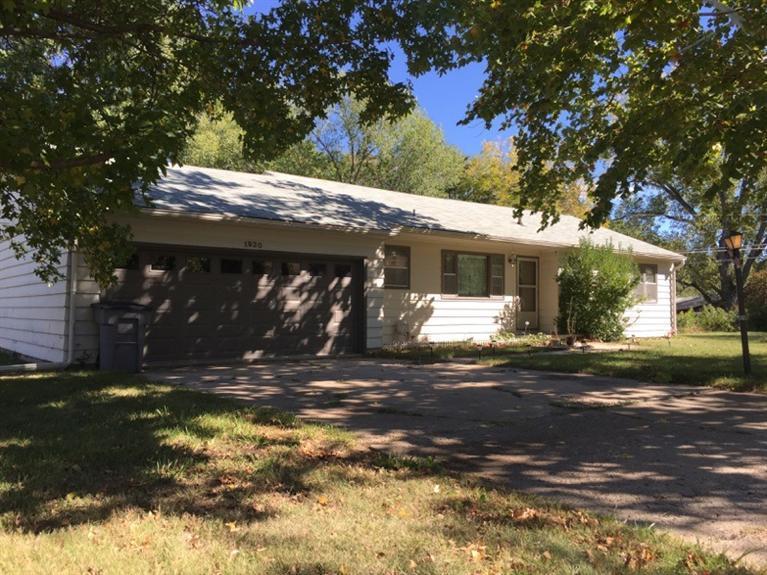 Rental Homes for Rent, ListingId:30707585, location: 1920 Lincoln Emporia 66801