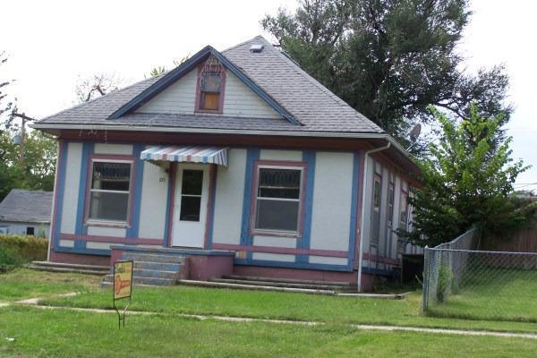 Rental Homes for Rent, ListingId:31148581, location: 105 South Neosho Emporia 66801