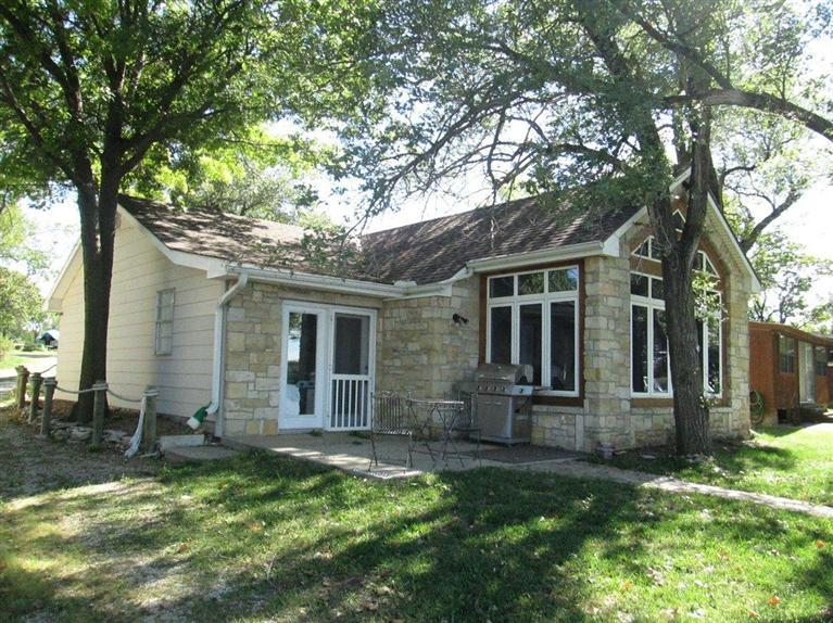 Real Estate for Sale, ListingId: 31504672, Council Grove,KS66846
