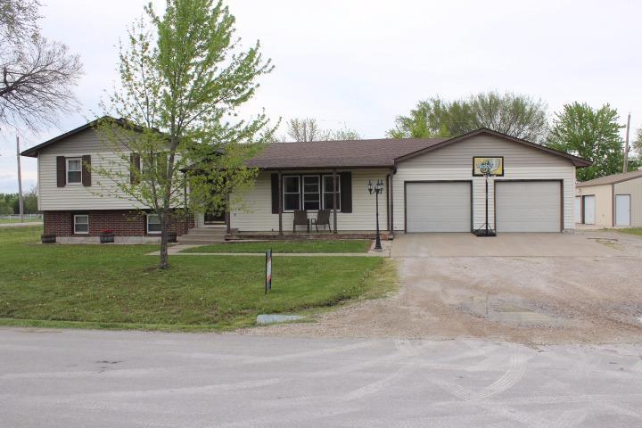 Real Estate for Sale, ListingId: 33014129, Burlington,KS66839