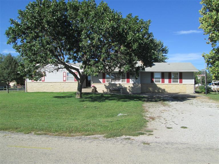 Real Estate for Sale, ListingId: 33455763, Americus,KS66835