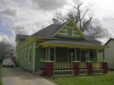 Rental Homes for Rent, ListingId:33515114, location: 624 Walnut Emporia 66801
