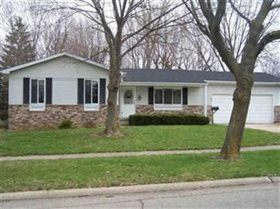 439 Somerset Dr, Flushing, MI 48433