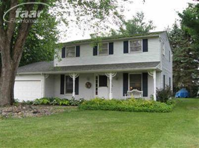 6264 Greenview Dr, Burton, MI 48509
