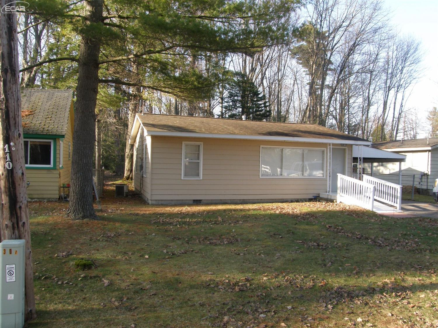 Photo of 311 West Tawas Lake Road  East Tawas  MI