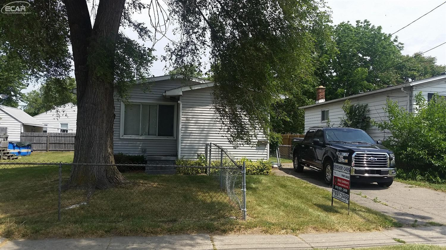 Photo of 421 East Hemphill Road  Flint  MI