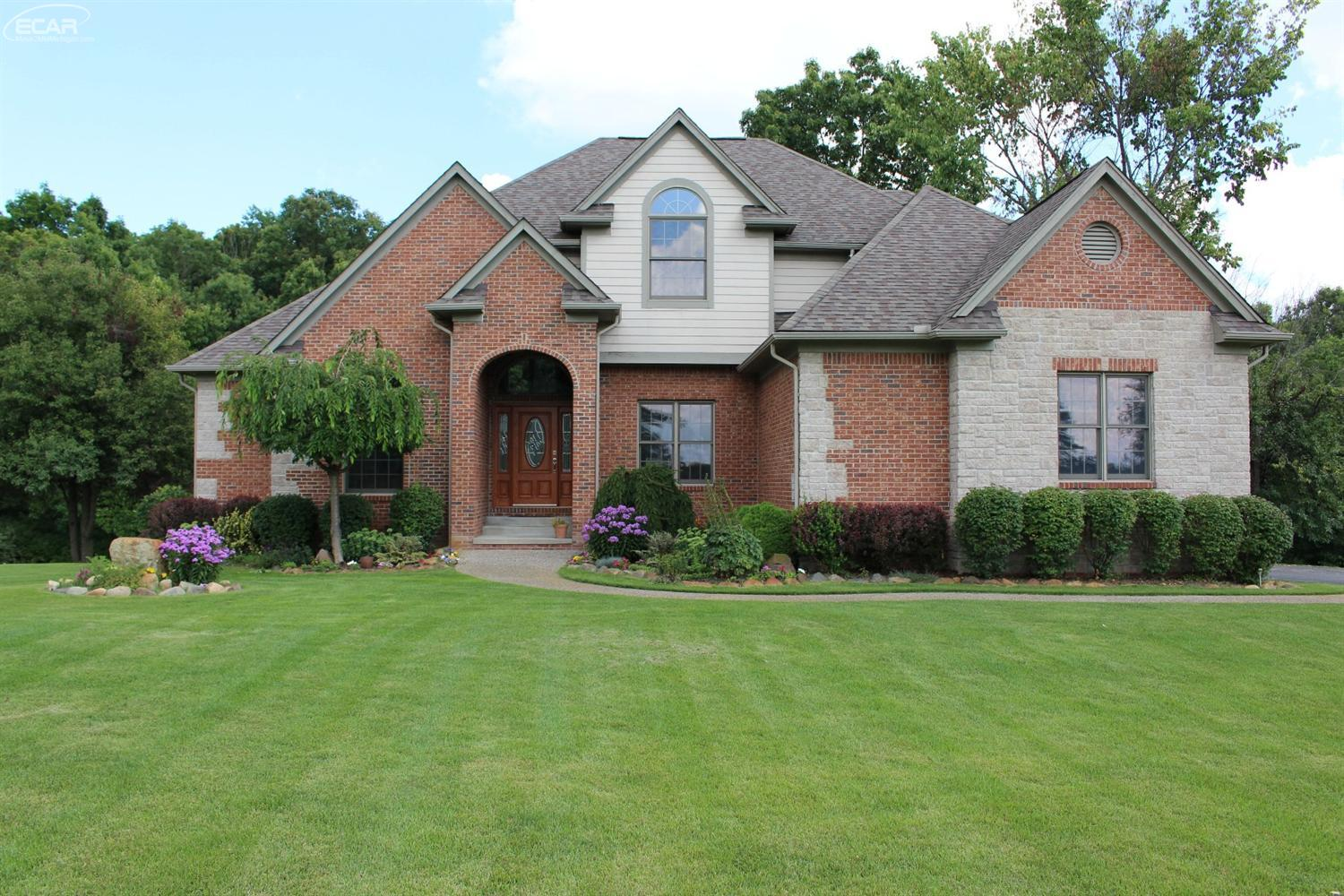 Photo of 12755  Meadow View Circle  Holly  MI