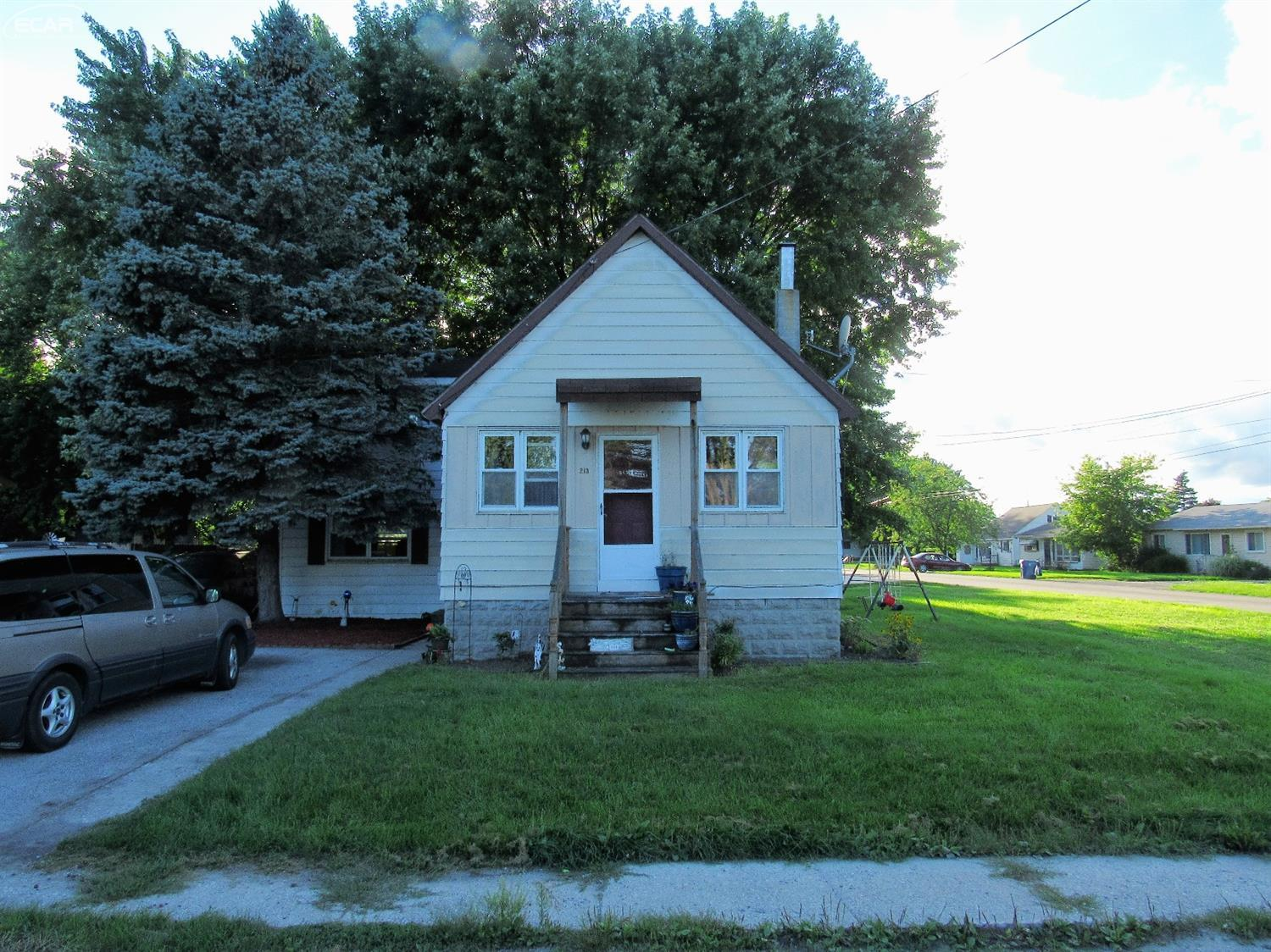 Photo of 213 North Third  Linwood  MI