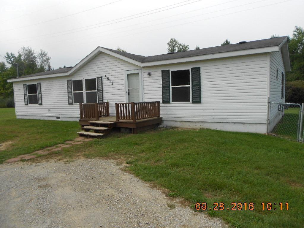 5815 Hemingway Lake Rd, Otter Lake, MI 48464