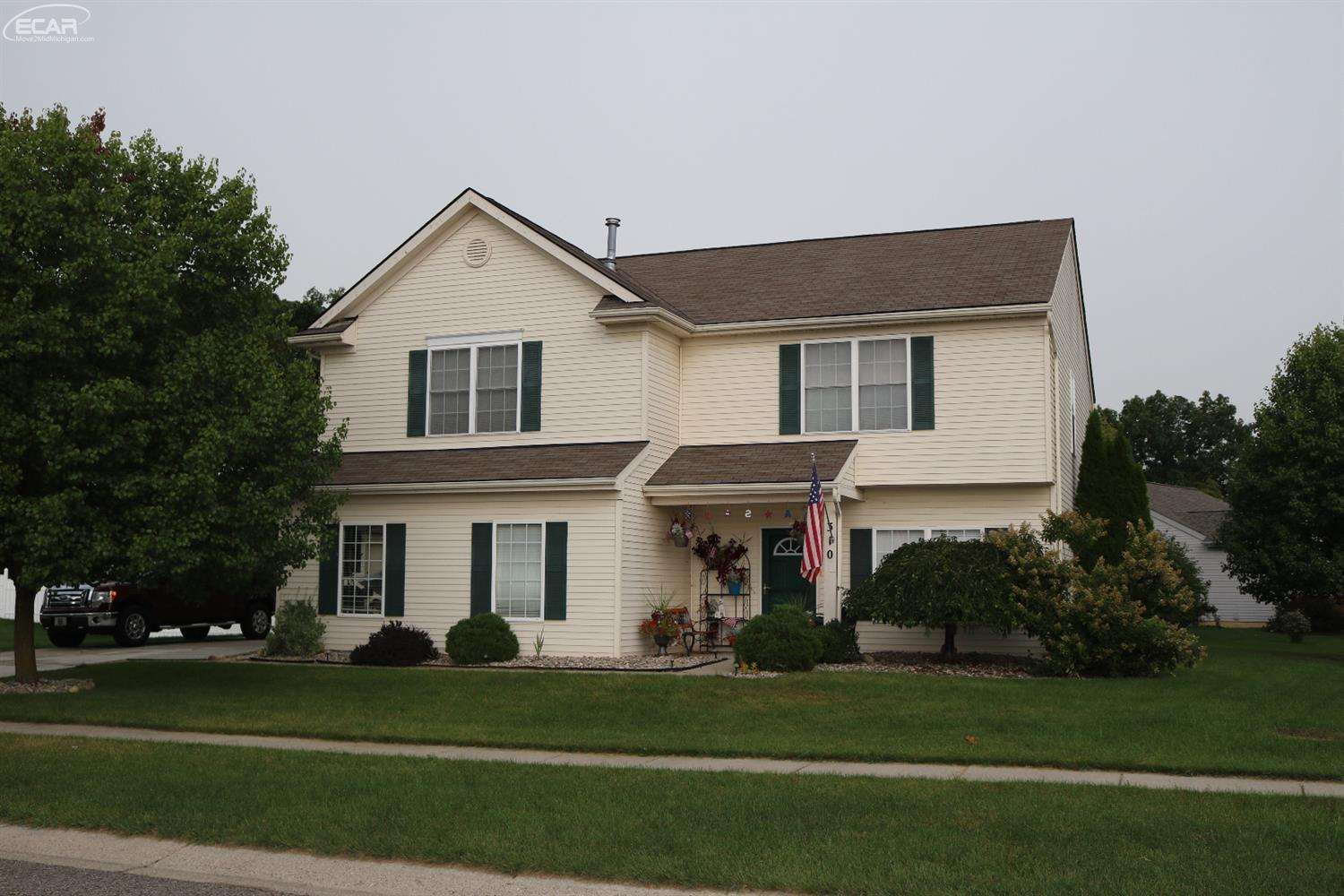 Photo of 310  Clear View Ct Court  Linden  MI
