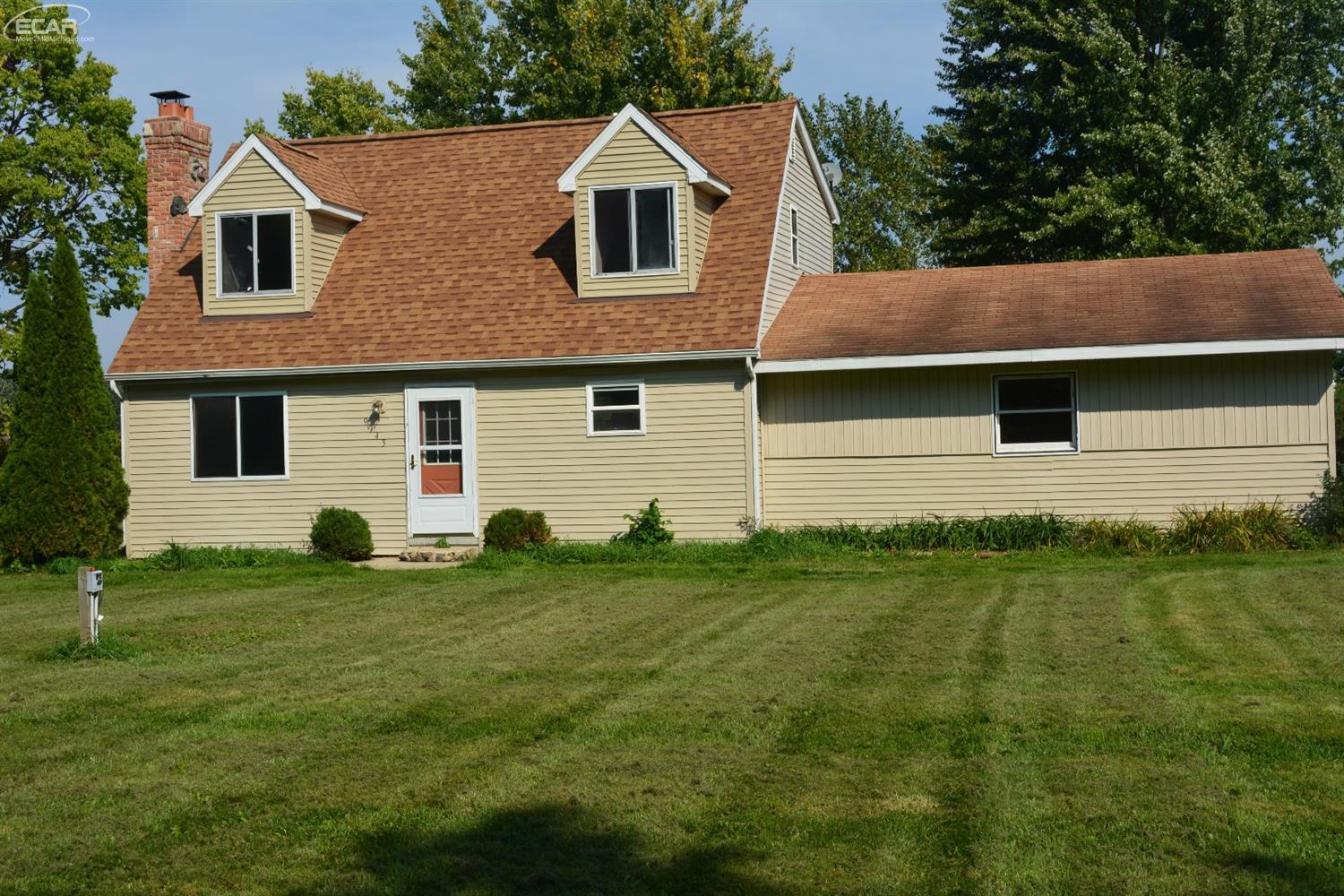 Photo of 9143 East Lehring Road  Durand  MI