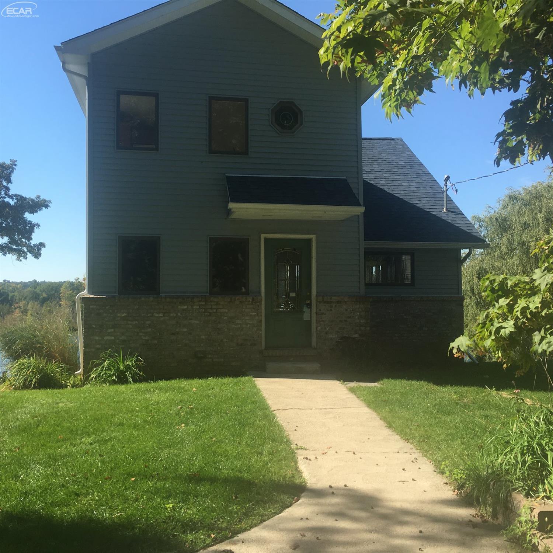 Photo of 3457  Lakeview Boulevard  Highland  MI