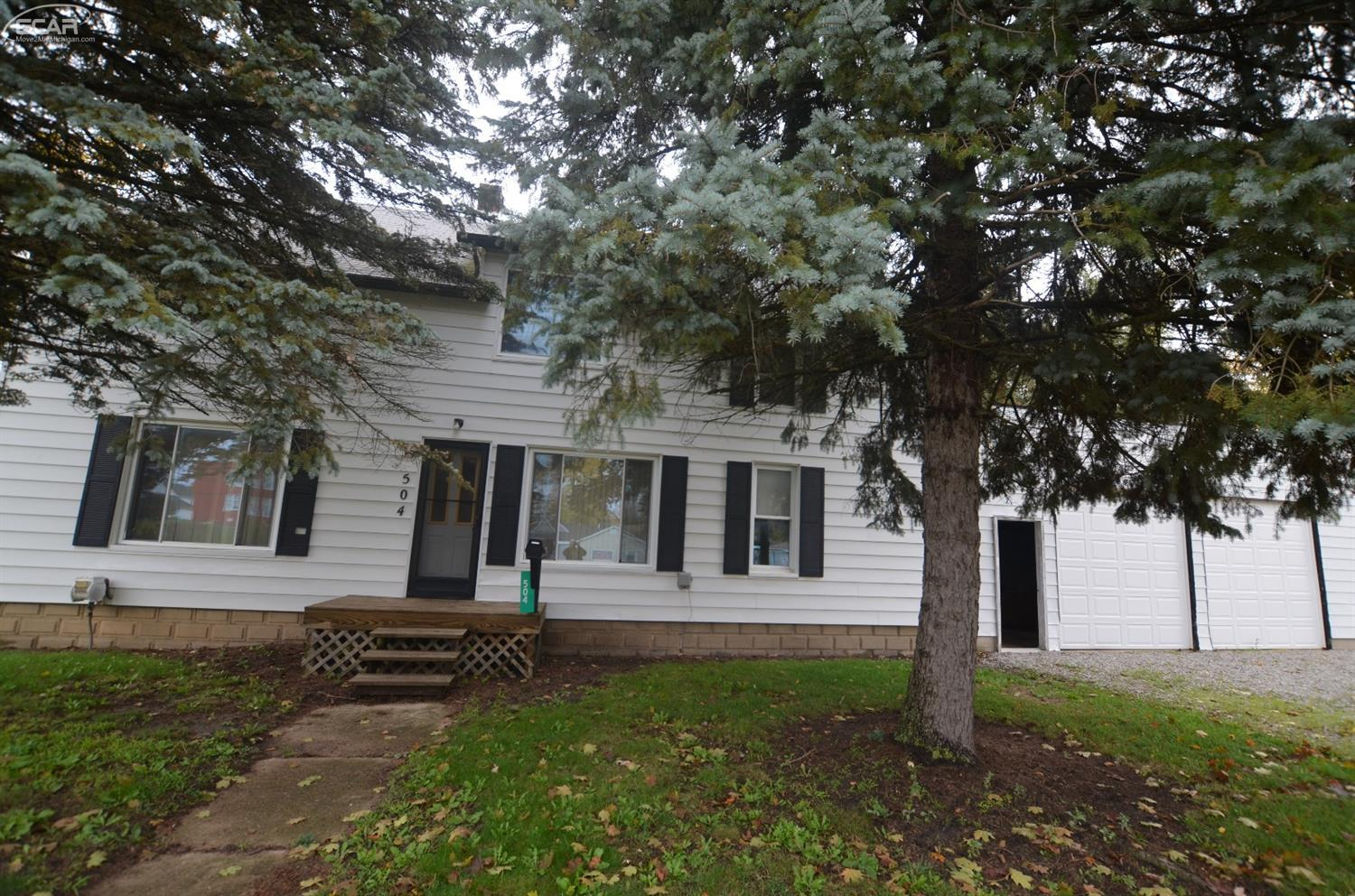 Photo of 504 South Lovejoy St Street  Durand  MI