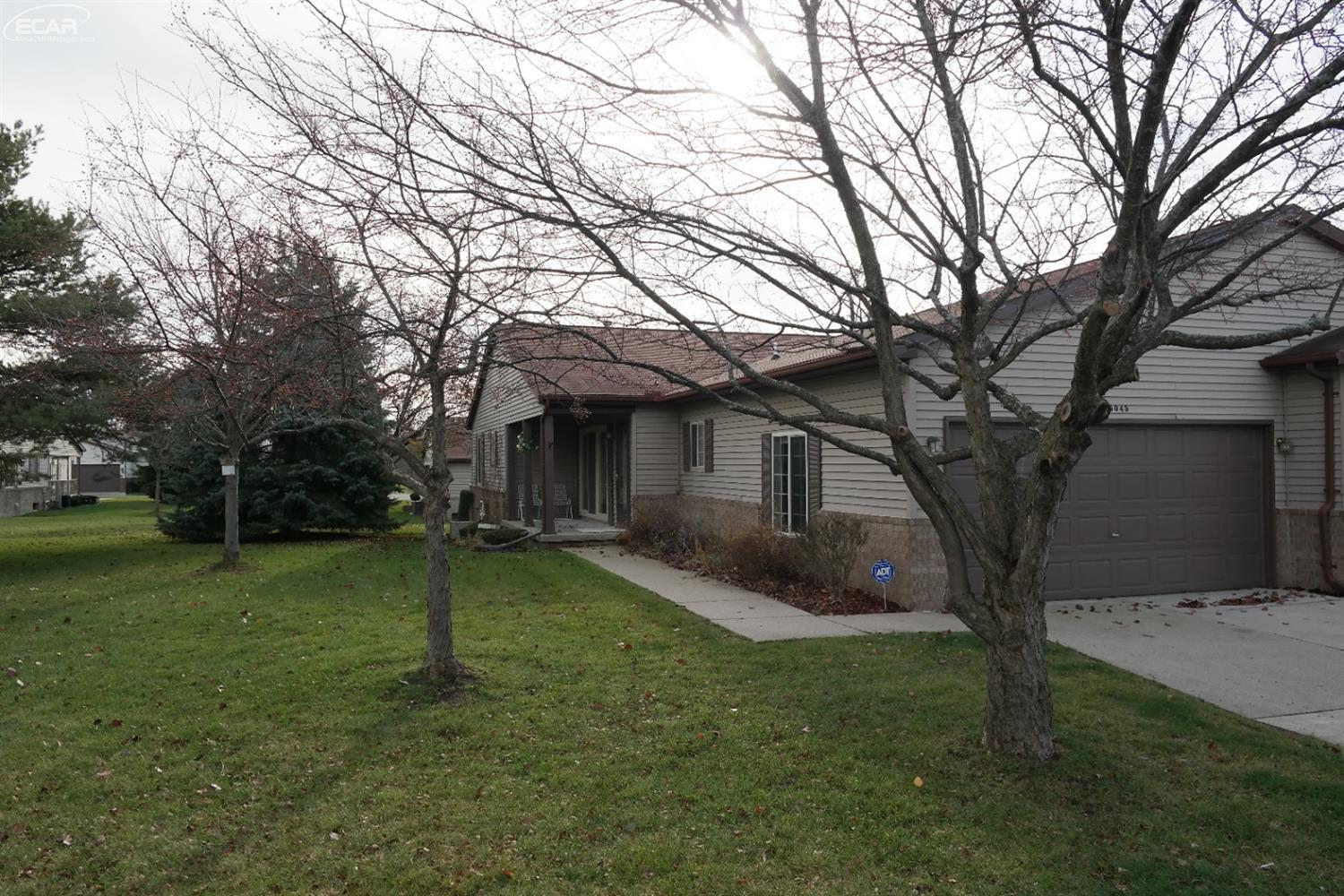 Photo of 5045  Sandalwood Drive  Grand Blanc  MI