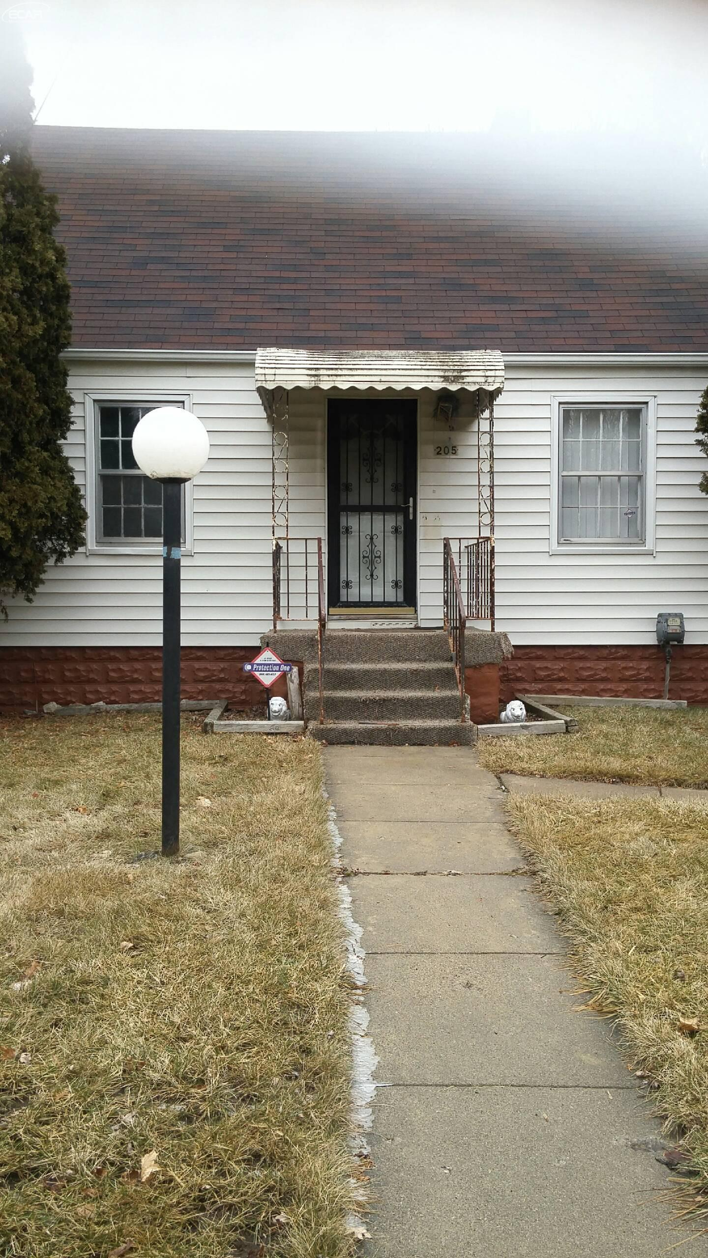 Photo of 205 East Eldridge Avenue  Flint  MI