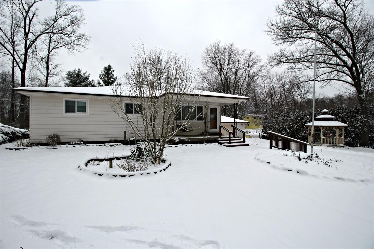 Photo of 1830  Woodfield Street  Ortonville  MI