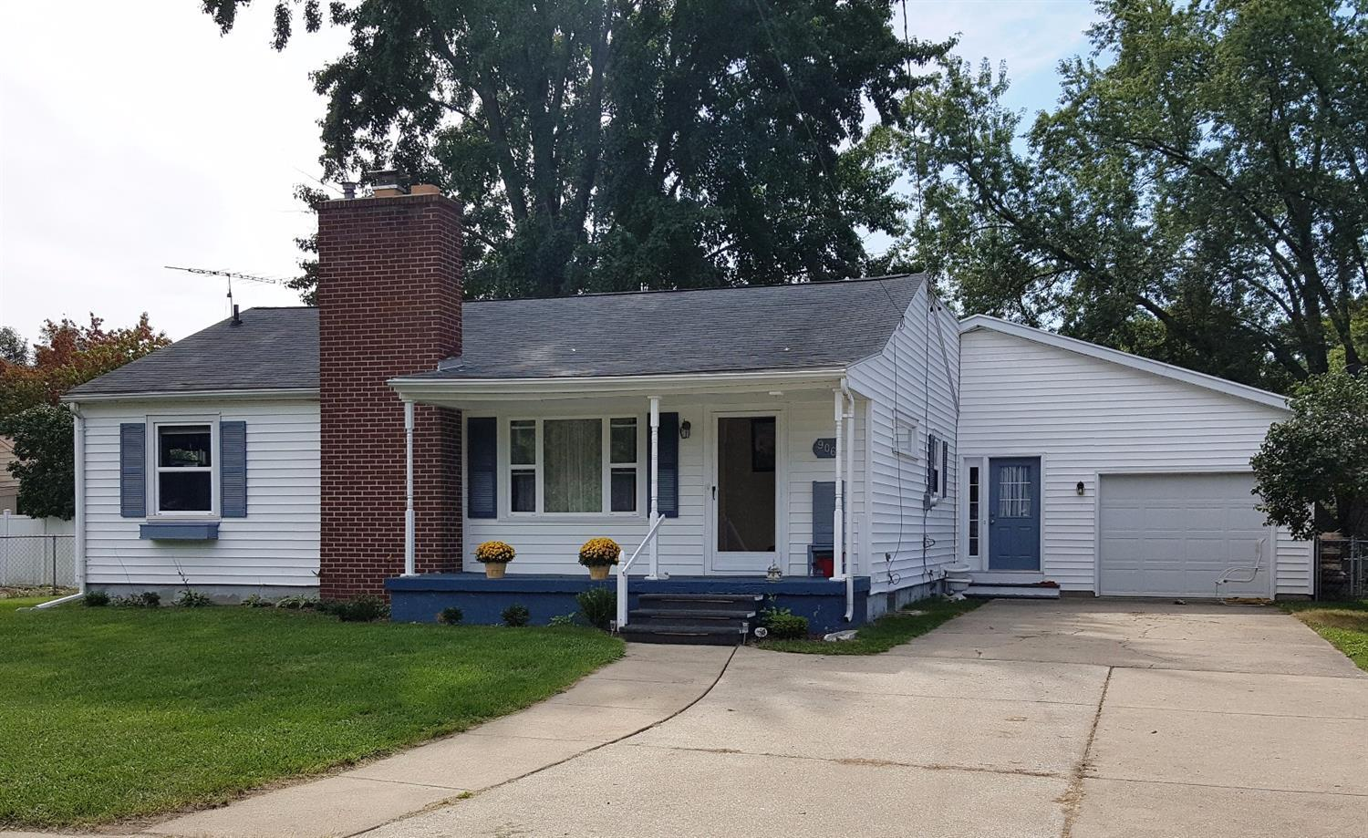 906 Coutant St, Flushing, MI 48433