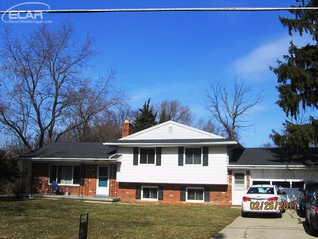 Photo of 1037 North Pinecrest Lane  Grand Blanc  MI