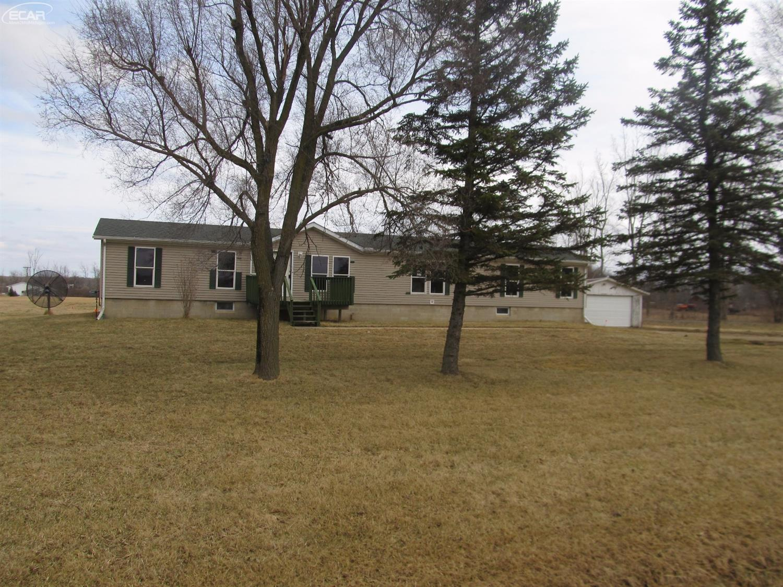 Photo of 5664 North Lake Road  Columbiaville  MI