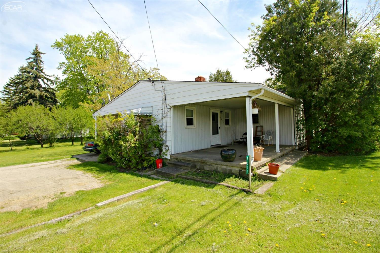 Photo of 3011 South Dye Road  Flint  MI