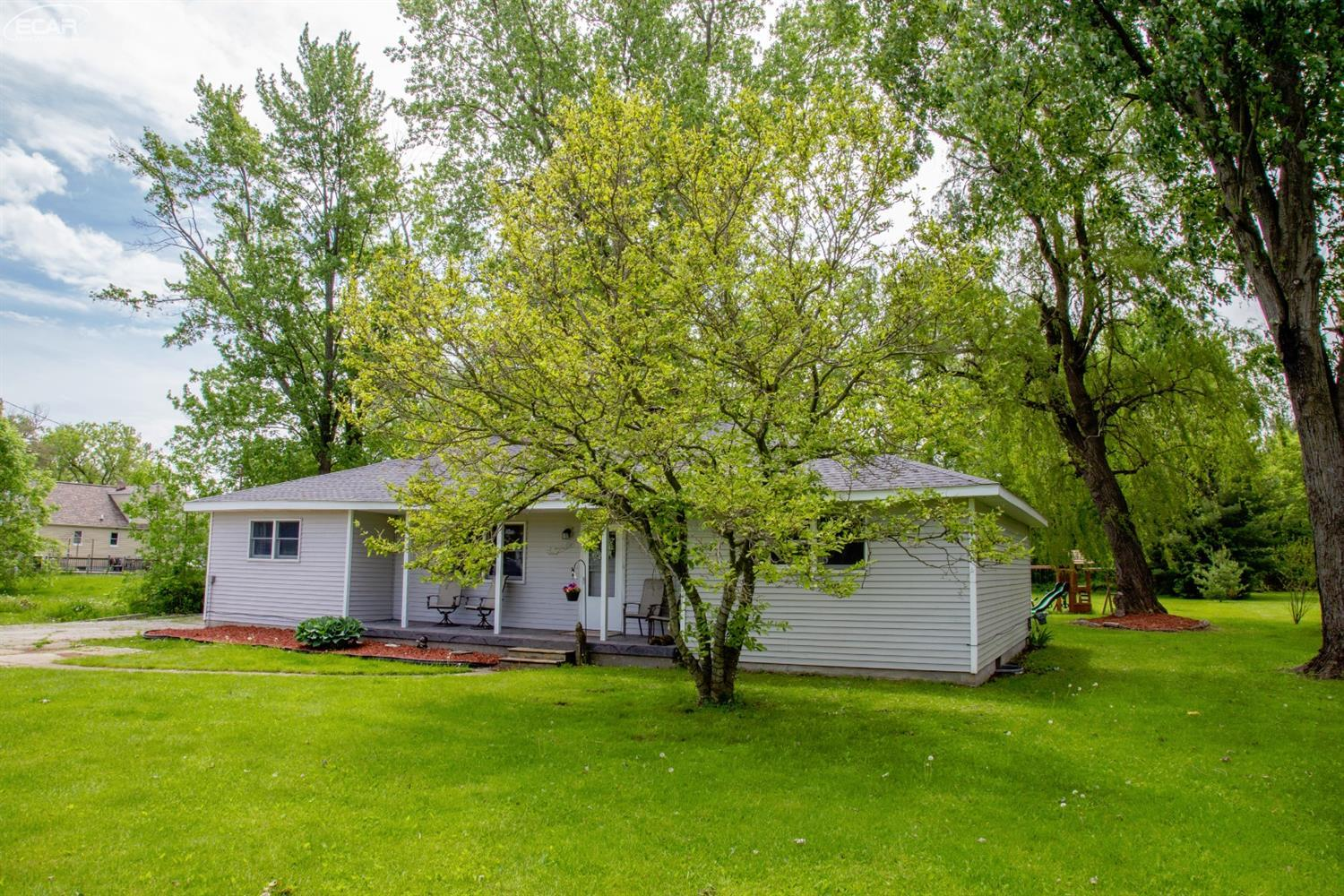 Photo of 7025  Coldwater Road  Flushing  MI