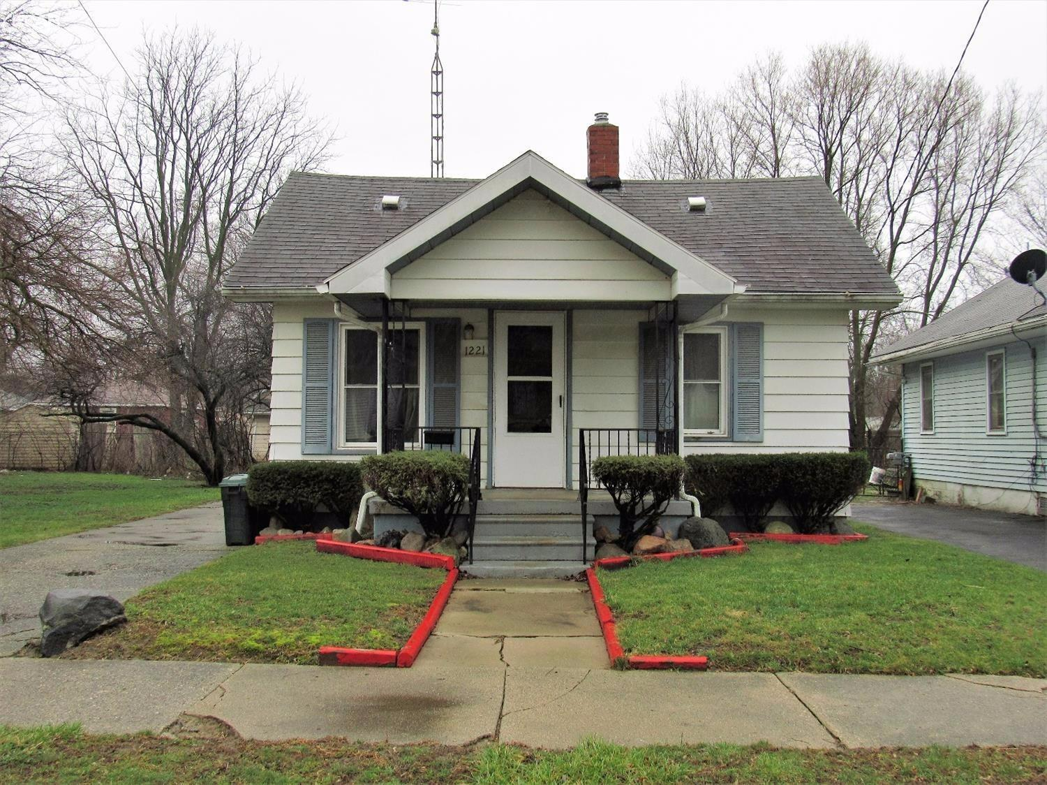 Photo of 1221  Ingleside Avenue  Flint  MI