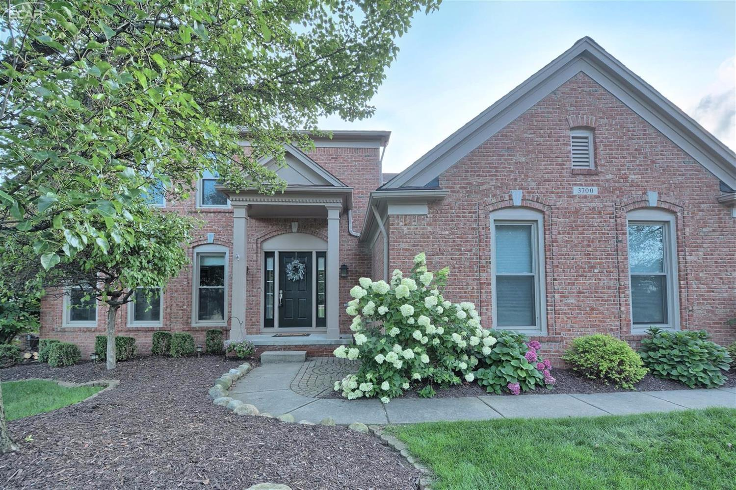 Photo of 3700  Hidden Forest Drive  Lake Orion  MI