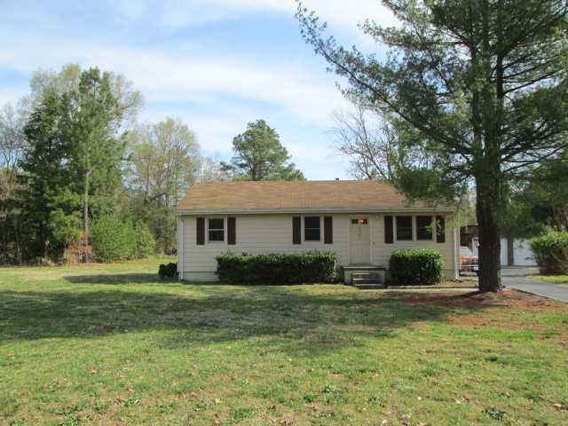 14901 Rowlett Rd, Chesterfield, VA 23838