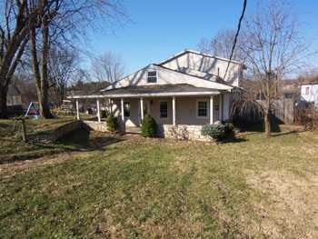 2315 12th Ave, Vienna, WV 26105