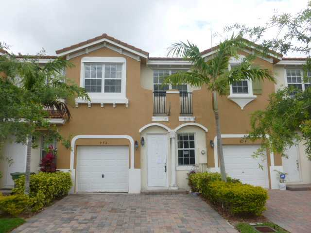 972 Ne 29th Ter, Homestead, FL 33033