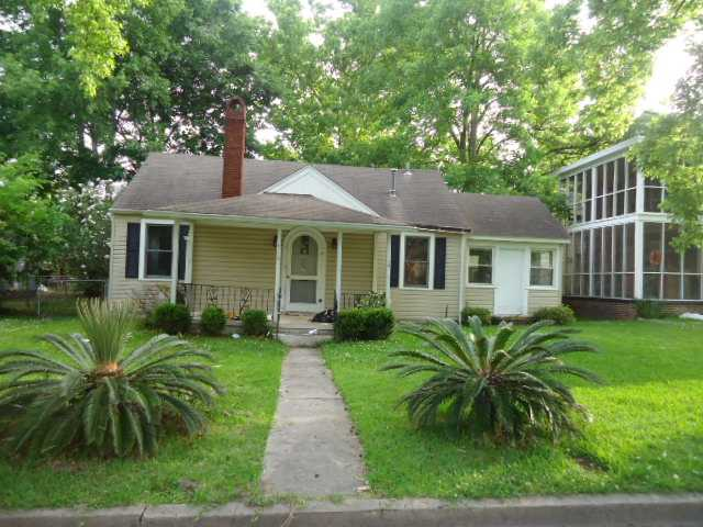516 E 54th St, Savannah, GA 31405