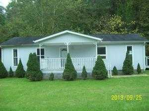 3275 Hollands Branch Rd, Barboursville, WV 25504