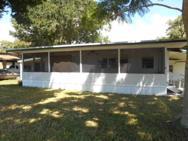26 Hunter Rd, Okeechobee, FL 34974