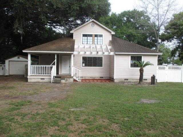 Photo of 6384 COUNTY ROAD 154A  WILDWOOD  FL