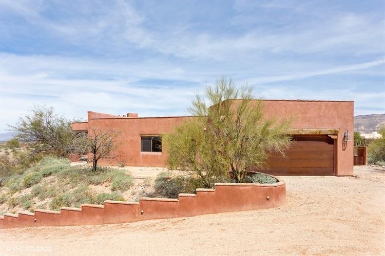 7530 S Cactus Thorn Ln Tucson, AZ 85747