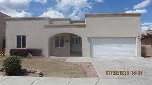 706 Sunrise Ct, Farmington, NM 87401
