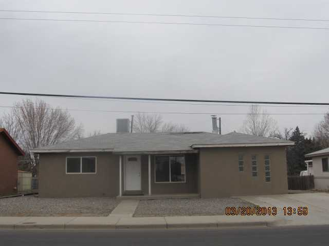 704 BUTLER AVE, FARMINGTON, NM 87401