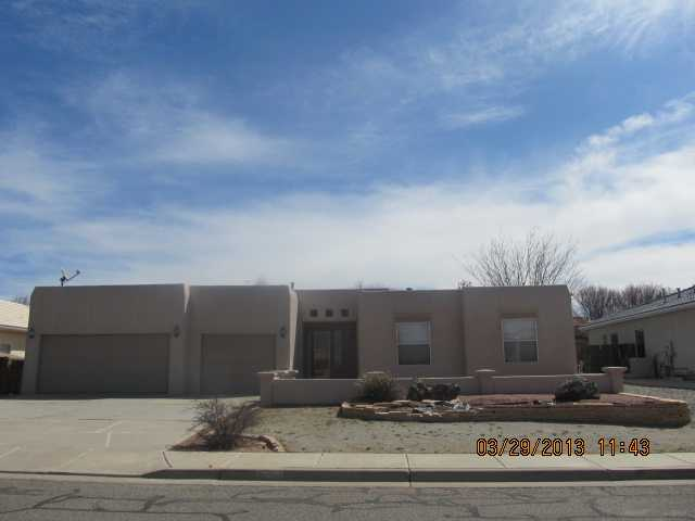 4705 Sunrise Cir, Farmington, NM 87401