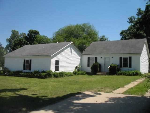 116 E 10th St, Mountain Home, AR 72653