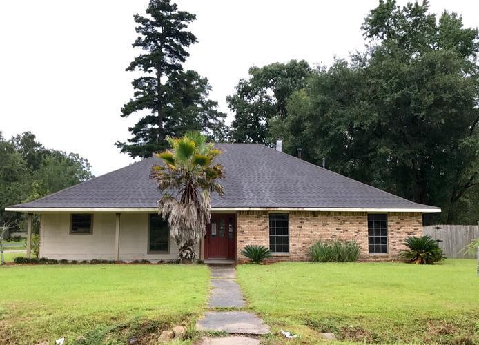 Photo of 6117 AUDUSSON DR  GREENWELL SPRINGS  LA