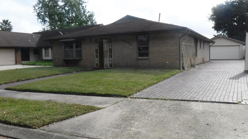 10240 FLOSSMOOR DR, New Orleans East, Louisiana
