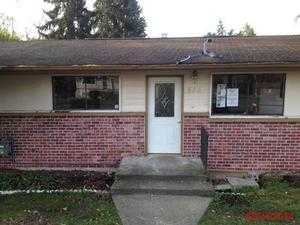 855 SW 108th St, Seattle, WA 98146