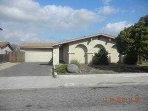 9160 Honey Ln, Santee, CA 92071