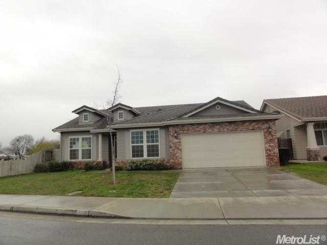 772 Mont Cliff Way, Livingston, CA 95334
