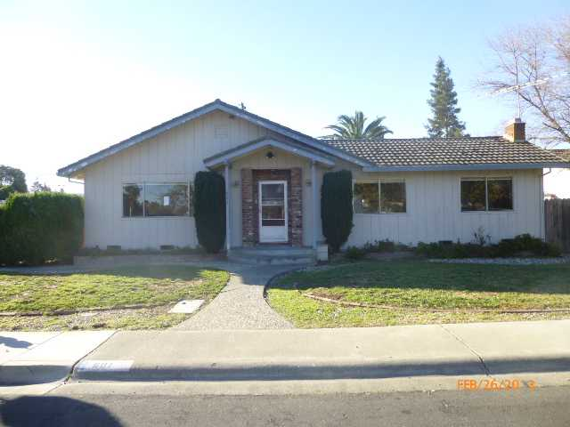 601 Boxwood Rd, Woodland, CA 95695