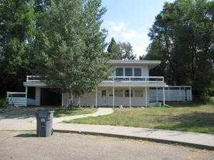 3 Glen Ct, Glendive, MT 59330