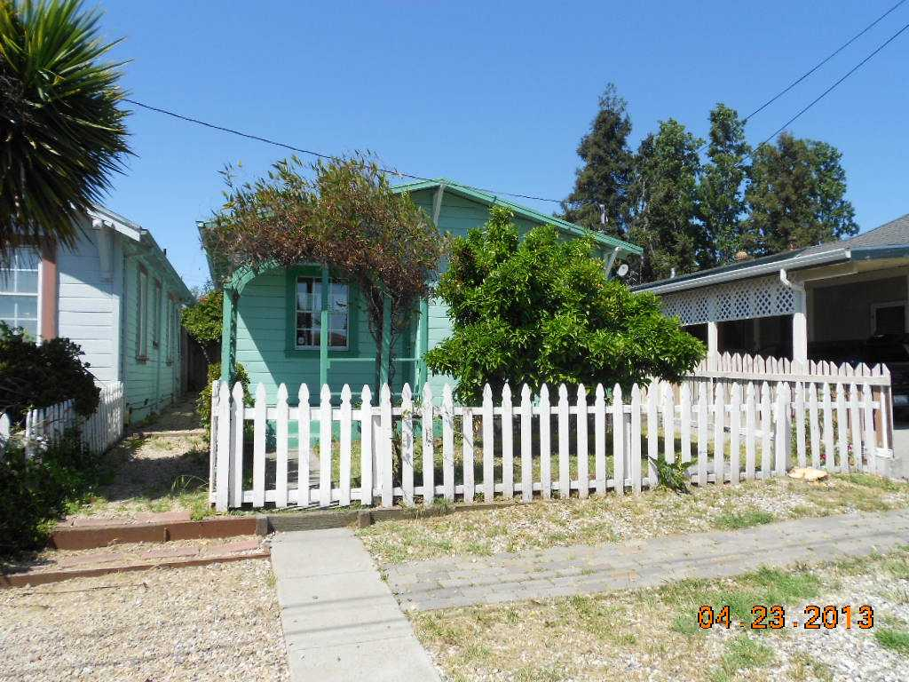 366 Lake Ave, Rodeo, CA 94572