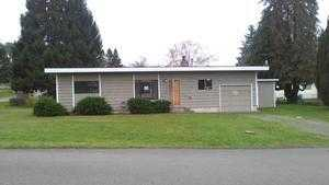 2560 E 3rd St, Port Orchard, WA 98366