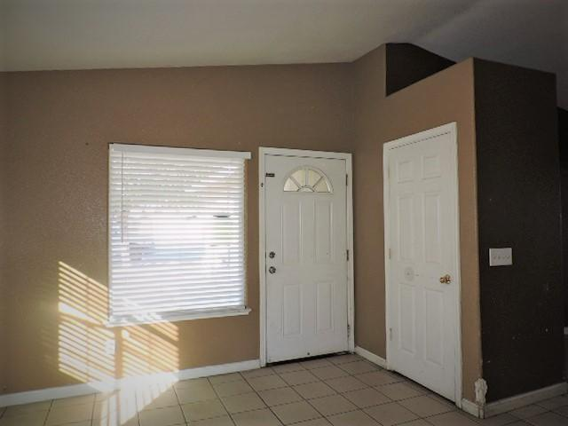624 ANTHONY AVE - photo 2