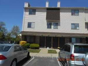 202 Orchard Meadows Dr S, Union, NJ 07083